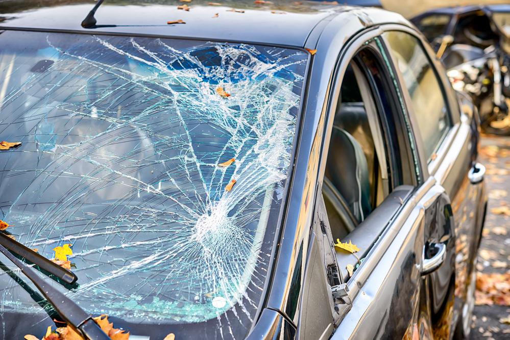 Rock geknackt Windschutzscheibe Versicherungsschutz