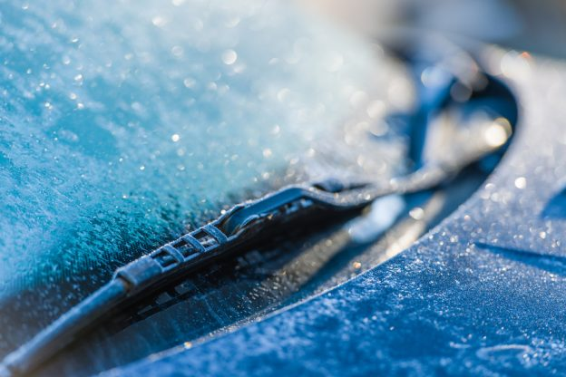 Windshield Repair in Winter: What You Need to Know
